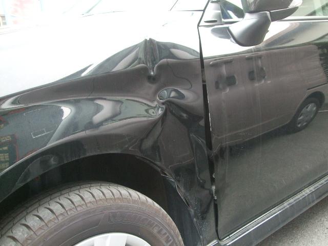 トヨタ『平成24年式カローラフィールダー/エアロツアラー』板金塗装修理