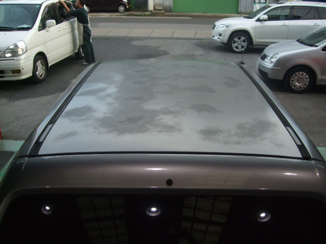 ホンダ Z ルーフ 塗装劣化による変色を修理 ルーフ・塗装